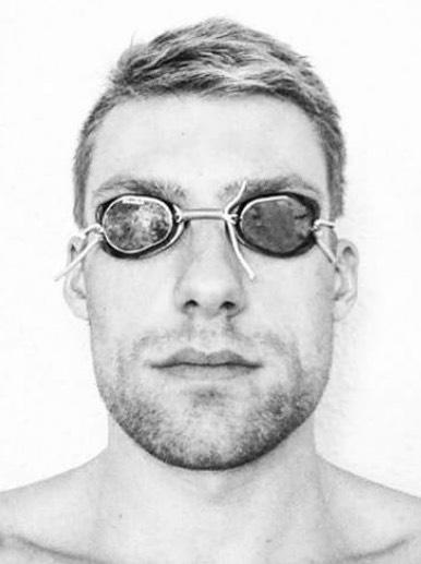 Jonas Coreelman (DM) stopt mettopzwemmen